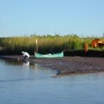 Actividades recreativas en el Río Colorado, margenes provincia de Buenos Aires